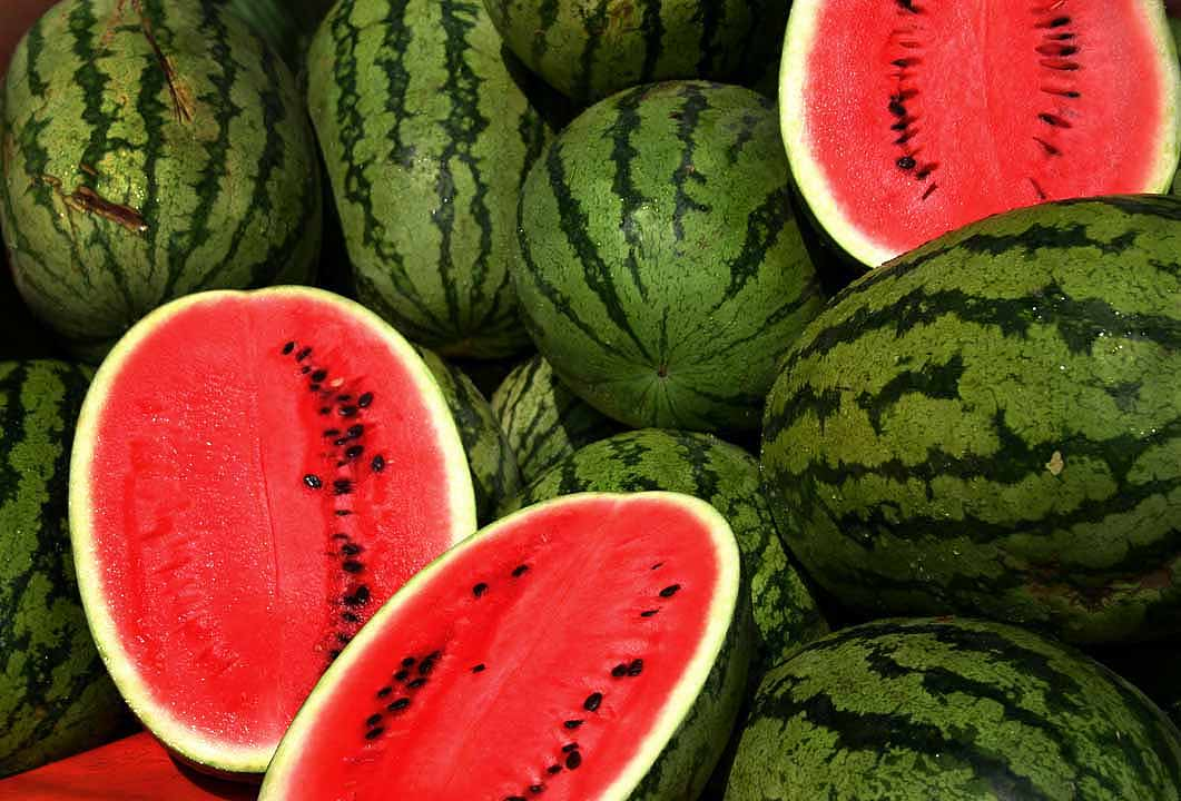 10 Healthy Foods to Eat This Summer