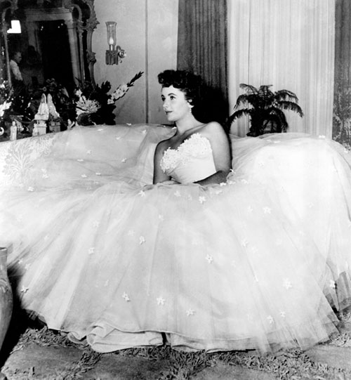 Elizabeth Taylor Edith Head dress A Place in the Sun