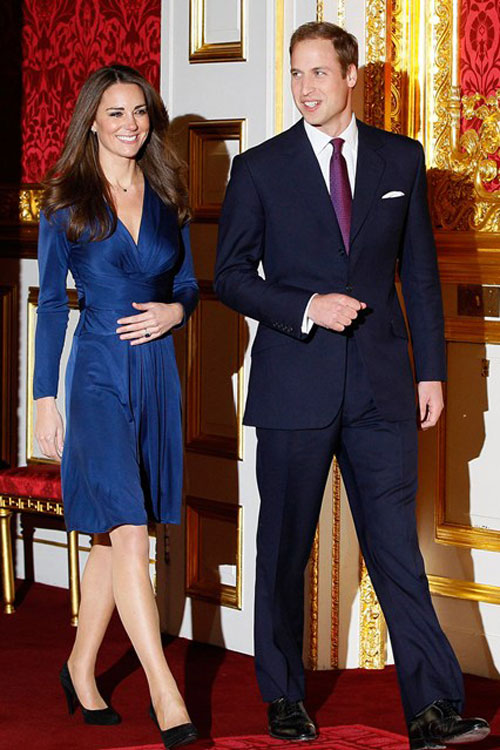 Kate-Middleton blue Royal engagement dress