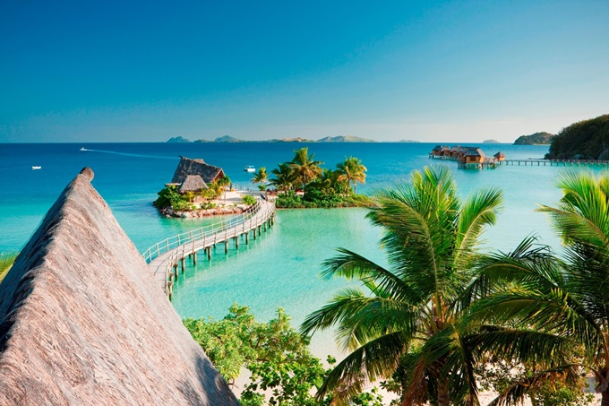 Top-10-Luxorious-Escape-in-Tropical-Paradises04