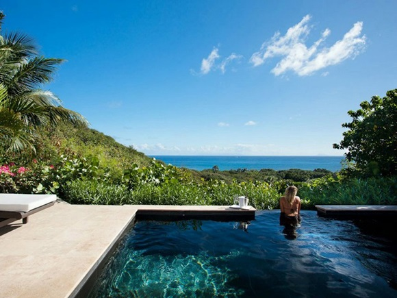 Top-10-Luxorious-Escape-in-Tropical-Paradises07