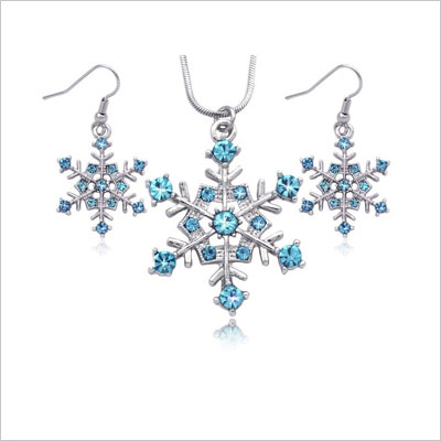 Snowflake Winter Necklace Earrings Set