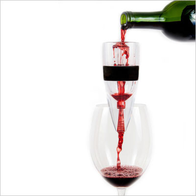 Wine Aerator that Bonds Oxygen to Water, Wine, Whiskey and Cold Coffee