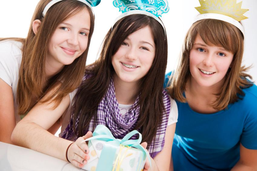 10 Adorable Gift Ideas for Teenage Girls