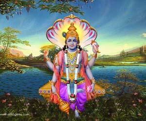 hindu god vishnu with Narayanastra weapon