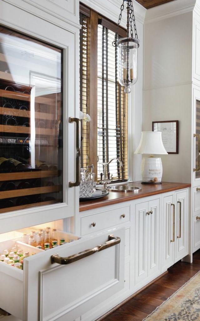 Elegant White Wood Bar