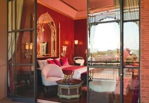 find a hotel taj palace