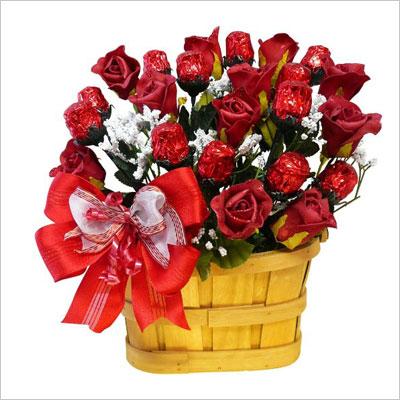 1 Dozen Red Chocolate Roses