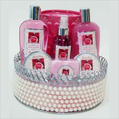 Bath and Body Pearl Basket Gift Set