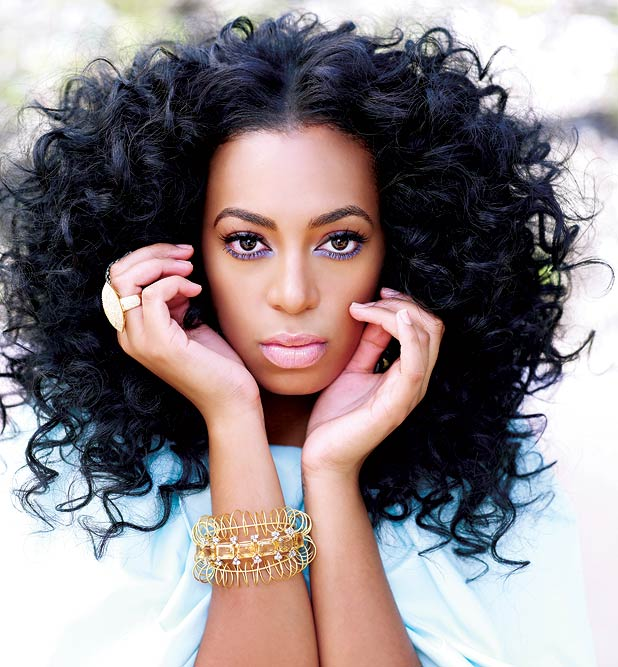 Solange-Knowles-long-curly-hair