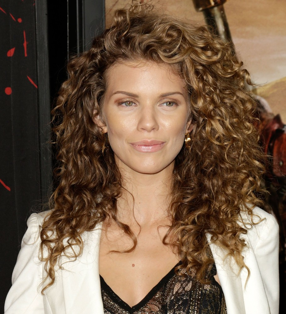 10 Celebrity Curly Hairstyles Amp The Products You Need To