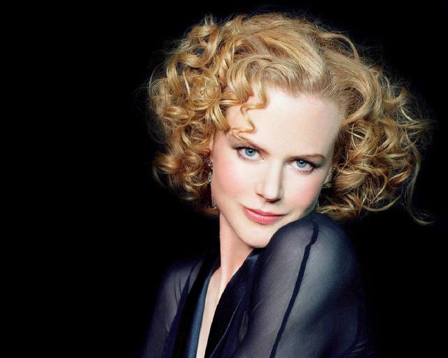 nicole-kidman-curly-bob-medium-hair
