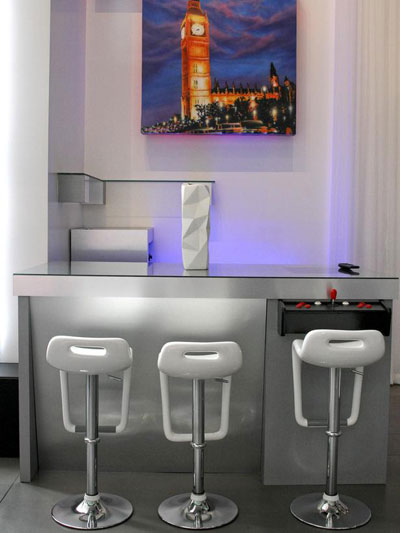 Modern and White Bar