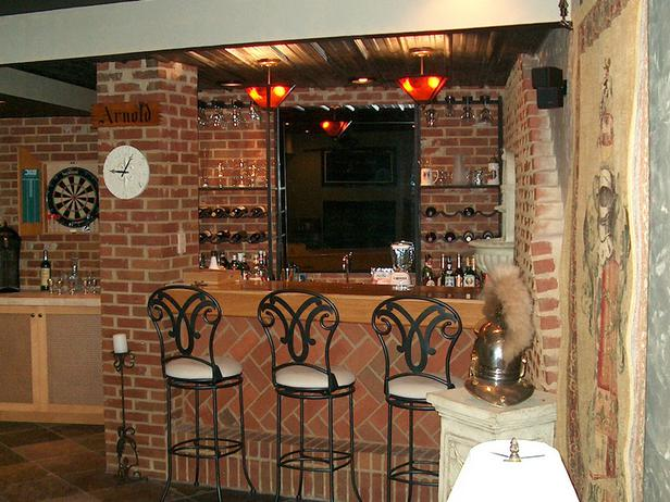 Old Fashioned Brick Bar