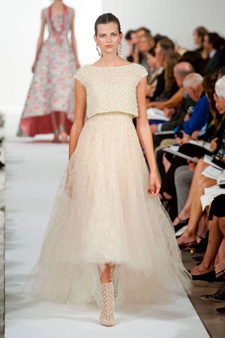 oscar de la renta pearl wedding gown
