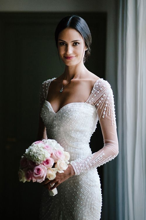 10 Pearl-embellished Wedding Gowns to Die for