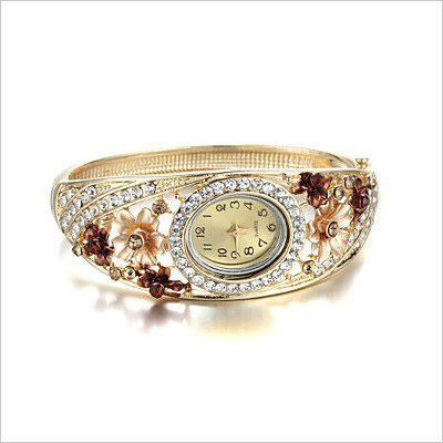 Retro Bracelet Watch Atmospheric Diamond Flower Watch