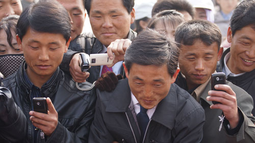 North-Korea-Cell-Phone-Revolution