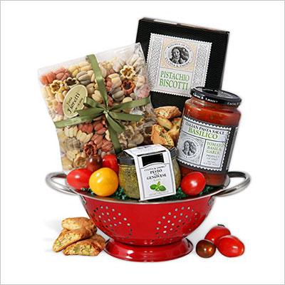 Italian Gift Basket With Keepsake Colander